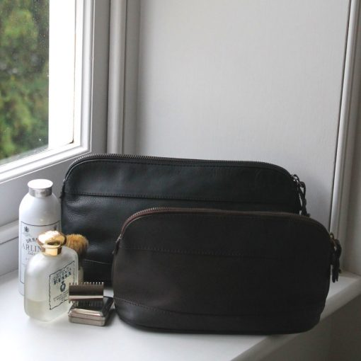 Pierce Roomy & Compact