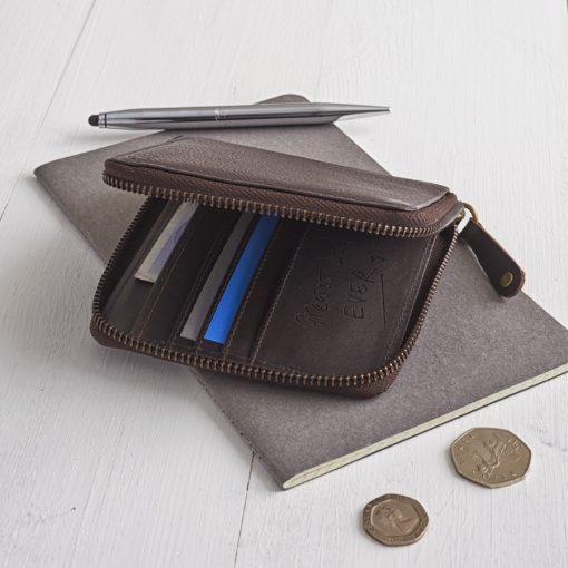 Westbourne_leather_zip_round_wallet__NV-38470 900 warm