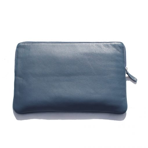 Blue Ladbroke 900 i